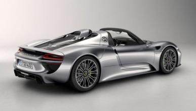 Un trabajador de Porsche estrella un prototipo de 800.000 €