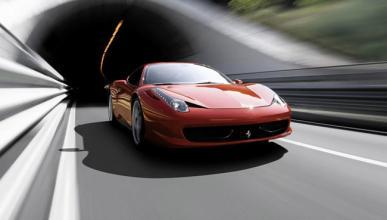 Un Ferrari 458 Italia, partido en dos tras un accidente