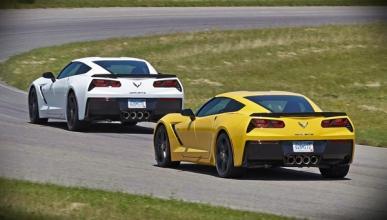 Diez Corvette C7, aparcados en Nueva York