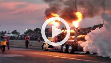 Shockwave Jet Truck: ¡el camión que supera los 640 km/h!