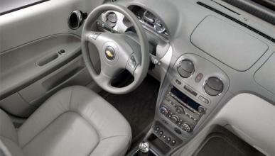 GM llama a revisión a 588.000 vehículos por 13 muertes