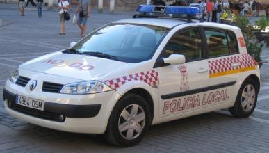 Imputado un alcalde por obligar a policía a lavar su coche