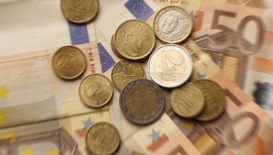 La mitad de los españoles quiere pagar su coche al contado