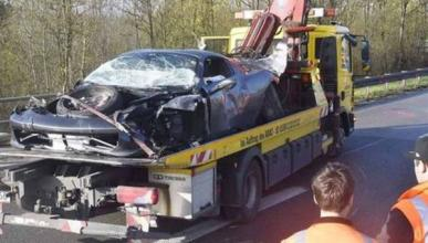 Espectacular accidente de un Ferrari 458 Spider