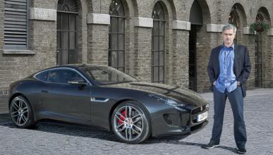 José Mourinho ya conduce el primer Jaguar F-Type Coupé