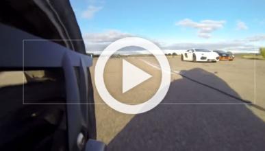 Vídeo: BMW S 1.000 RR contra Veyron y Aventador