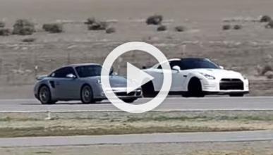 AirStrip Attack V, una carrera de deportivos en el desierto