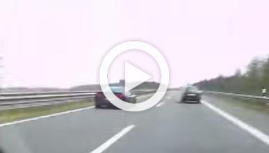 Vídeo: un Corvette C6 Z06 'vuela' por una autobahn a 320