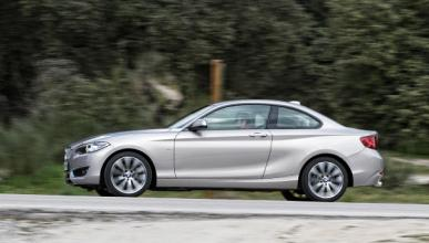 BMW 220d lateral