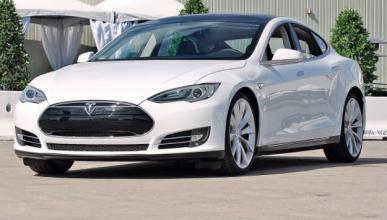 Denuncia a Tesla en China por violación de marca registrada