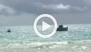 Marines crean un aerodeslizador a partir de un barco