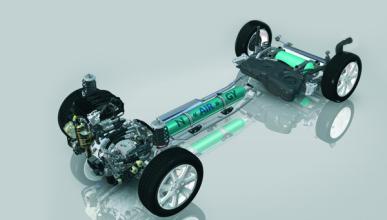 Probamos el coche que se mueve con aire comprimido de PSA