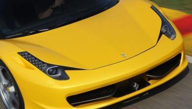 Un Ferrari 458 destrozado tras un choque en Melbourne