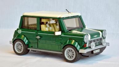 Un Mini Cooper construido con Lego