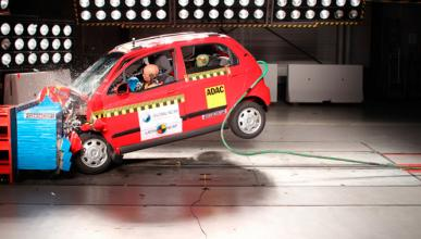Peugeot y Fiat mejoran en el Latin NCAP, Chevrolet no