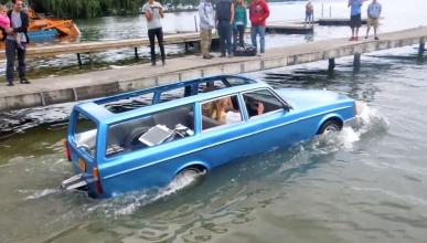 Volvo 240 Wagon anfibio: un clásico hecho... ¡barco!