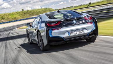 Si te das prisa puedes comprar un BMW i8 por 13.000 euros