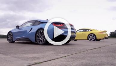 'Drag Race': BMW i8 vs Porsche 911 Carrera S