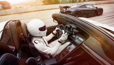 The Stig prueba el Porsche 918 Spyder frente al McLaren P1