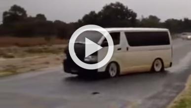 Vídeo: hace 'drifting' con una furgoneta