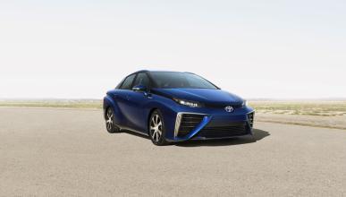 Toyota Fuell Cell Sedan delantera