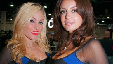 Las chicas más sexys del SEMA 2014 de Las Vegas