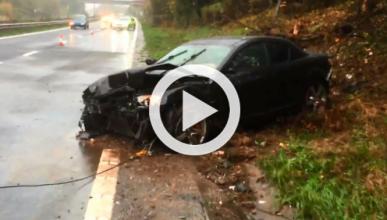 Vídeo: el conductor de un Mazda RX-8 sufre 'acuaplaning'