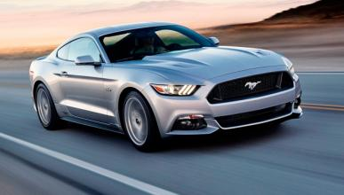 Conductor ebrio povoca el accidente de un Ford Mustang 2015