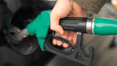 Si baja el petróleo, ¿por qué no el precio de la gasolina?