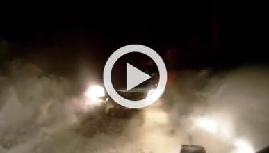 Se estrella contra otro coche a toda velocidad en un rally