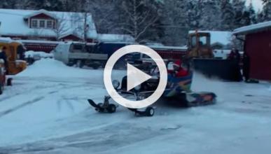 Vídeo: 'Snowmonster', un trineo de Papa Noel con 600 CV
