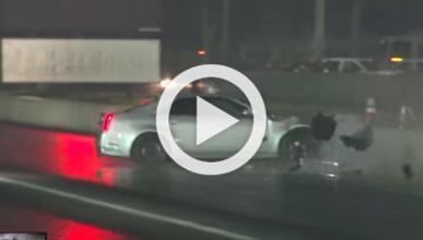 Un Cadillac CTS-V se estampa contra el muro en una carrera