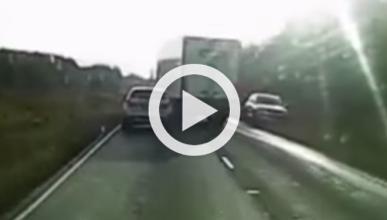 Este camionero suicida casi acaba con cinco coches