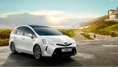 Toyota Pruis+ 2015