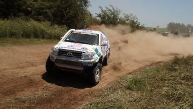 Dakar 2015: Incidente entre Xavi Foj y Albert Llovera