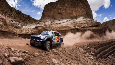 Dakar 2015. Coches, Etapa 10: Al Attiyah se escapa