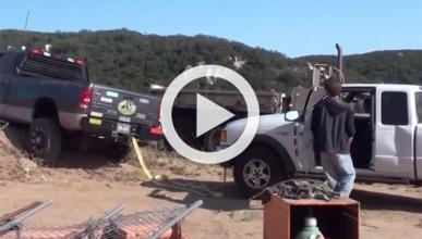 Vídeo: la peor manera de desatascar un 4x4