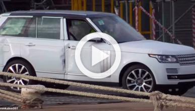 Vídeo: cientos de Land Rover de lujo irán al desguace
