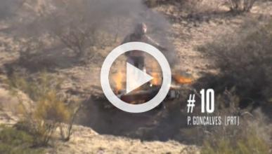 Vídeo: su moto empieza a arder en el Dakar 2014
