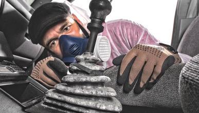 Seis pasos para no dejar rastro de moho en tu coche