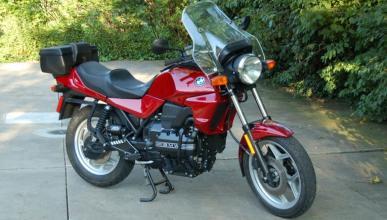 Sufre una erección de dos años... ¿por su moto?
