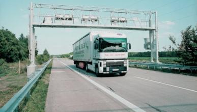 Las constructoras quieren peajes en todas las autopistas