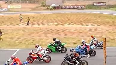 Vídeo: Scooter de 125 contra motos de 1.000 cc