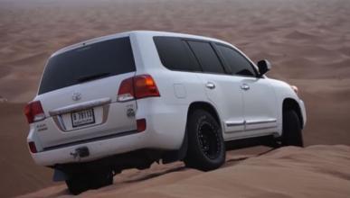 Toyota Land Cruiser V8: el rey de las dunas de Dubai