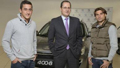 Peugeot entrega su 4008 a David Ferrer y a Nicolás Almagro