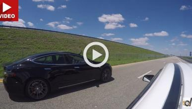 Un EVO de 500 CV se rompe en una carrera contra un Tesla