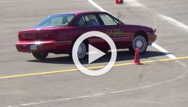Este Oldsmobile 88 no es para ir al límite