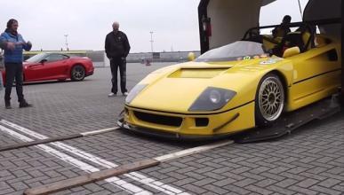 Así sufre el Ferrari F40 Barchetta al descargarlo