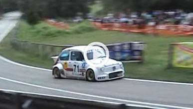 Un Fiat 600 con el motor de una Kawasaki 600, a tope...