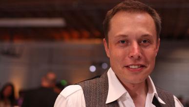 Elon Musk dice que las vacaciones son malas para la salud